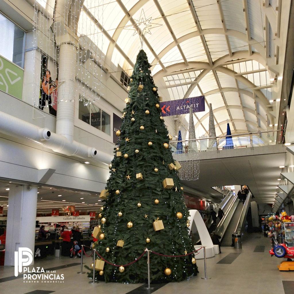 Arból de Navidad en el C.C Plaza de las Provincias